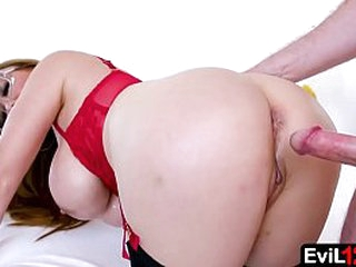 Out of the public eye Uphold pending of - Stepmom Kianna Dior