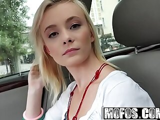 Southern Teen (Maddy Rose) Fucks in the Car for a free shepherd - MOFOS